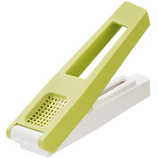 《KOZIOL》蒜末压蒜器(绿)