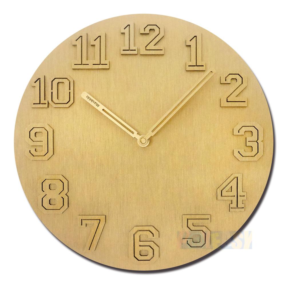 12吋 居家摆饰 轻薄简约 球衣数字 金属拉丝 餐厅客厅卧室 静音 圆挂钟 - 金色