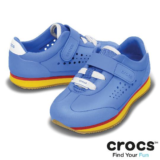【Crocs】童-小復刻運動休閒鞋PS (學院藍/淡黃色)