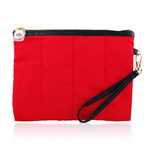 CLARINS 克蘭詩 法式紅蕾輕羽絨俏麗包(21x16cm)