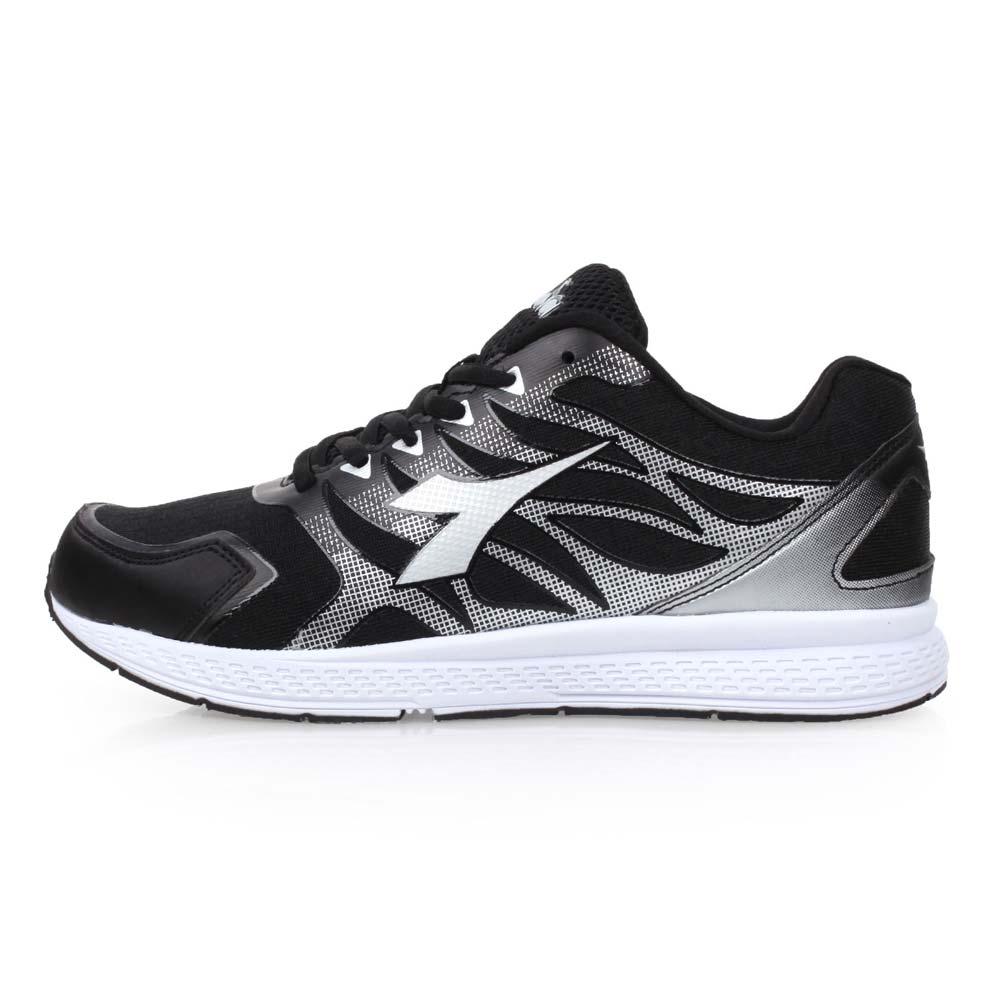 DIADORA 女慢跑鞋-路跑 黑银@DA8AWR6000@