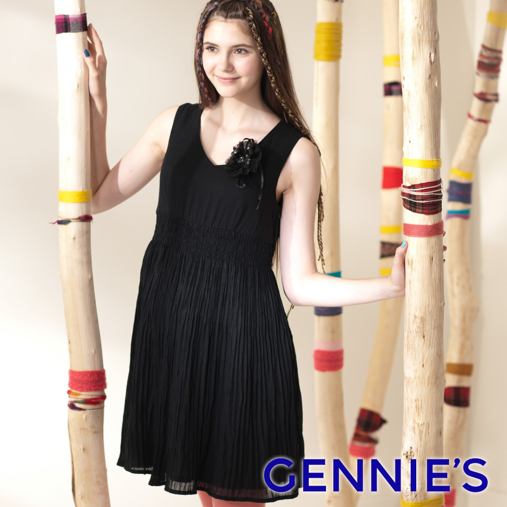 Gennie's奇妮 浪漫飄逸V領百褶羊毛 孕婦背心洋裝 深咖G2410