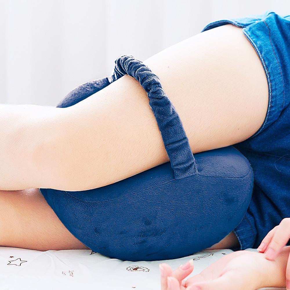 【米夢家居】放鬆腰胯、保護膝蓋~側睡夾腿專用-蘋果記憶分腿枕-藏青(二入)