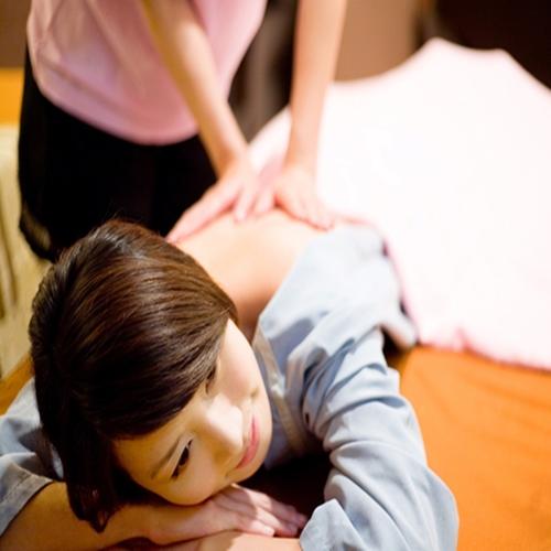 【台北】金樂足體養生會館-全身精油按摩+肩頸70分鐘(2張)