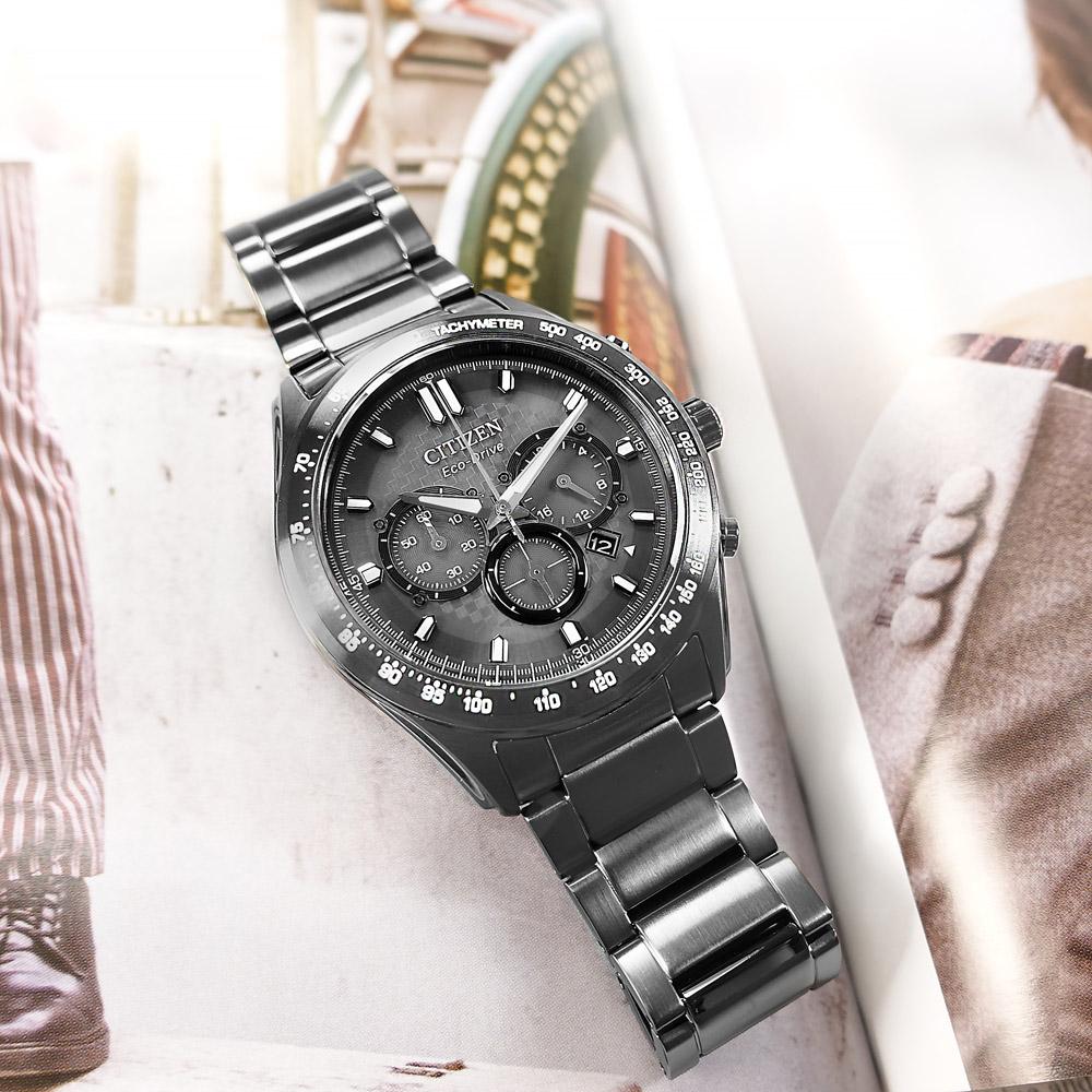 CITIZEN / CA4457-81H / 光動能 三眼計時 藍寶石水晶玻璃 日期 防水100米 不鏽鋼手錶 鍍灰 43mm