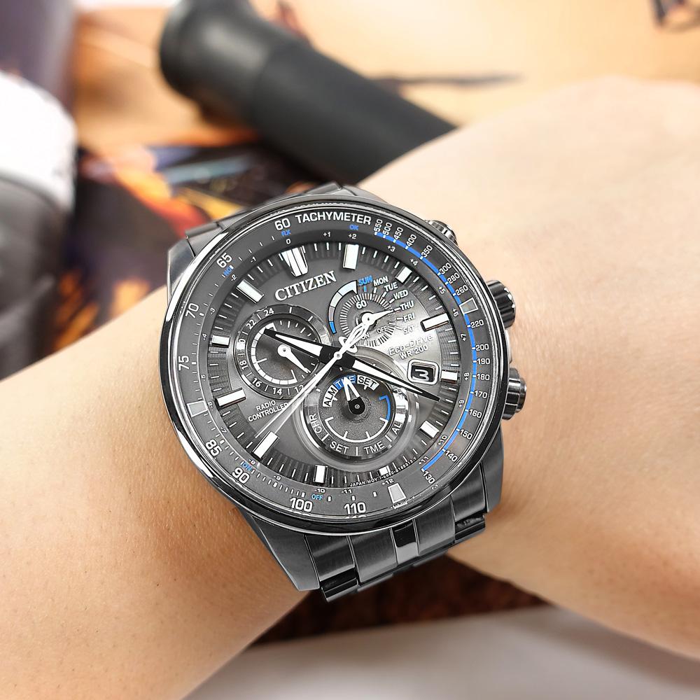 CITIZEN / CB5887-55H / 光動能 萬年曆 電波錶 藍寶石水晶玻璃 日期 不鏽鋼手錶 鍍灰 43mm