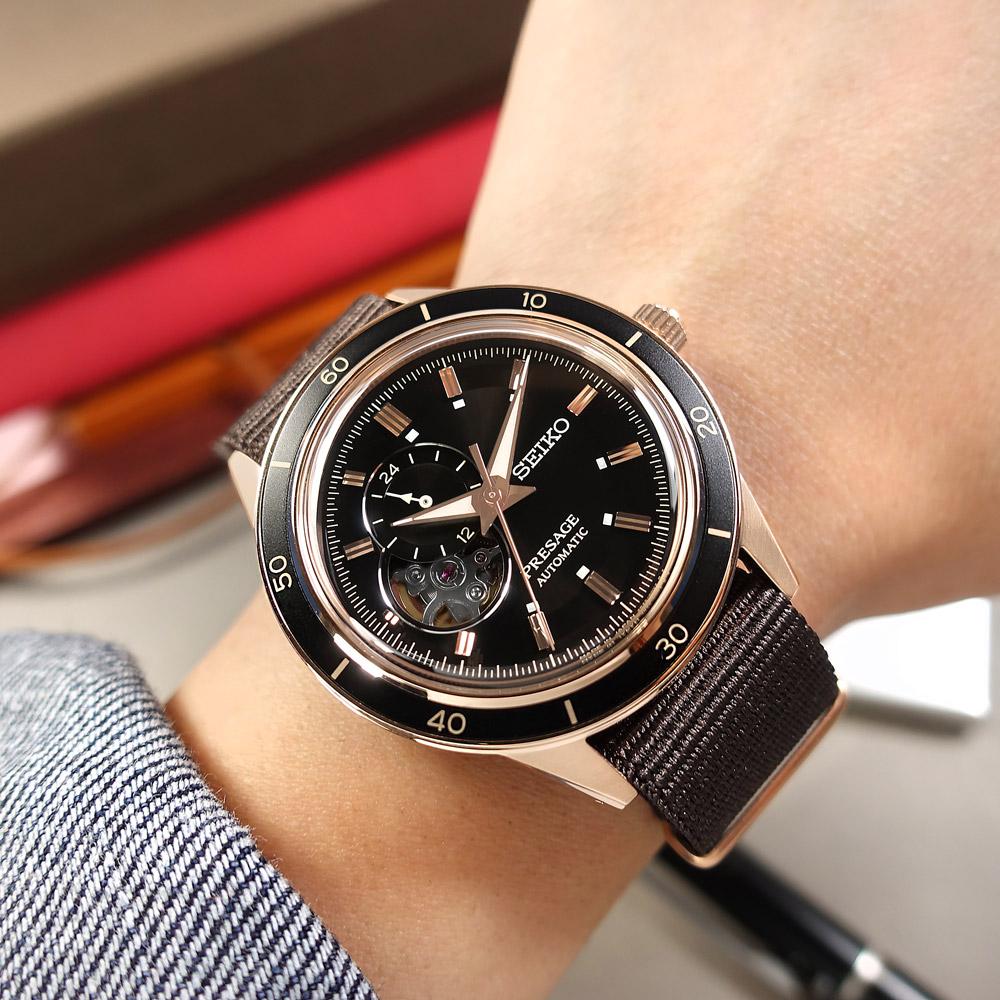 SEIKO 精工 / 4R39-00Z0U.SSA426J1 / PRESAGE 鏤空 機械錶 自動上鍊 尼龍帆布手錶 黑x玫瑰金框x咖啡 41mm