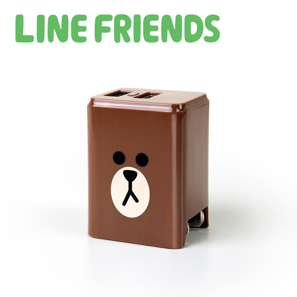 【新春優惠二入組】LINE FRIENDS 2.4A隱藏式雙孔USB充電器-熊大_LN-AC240