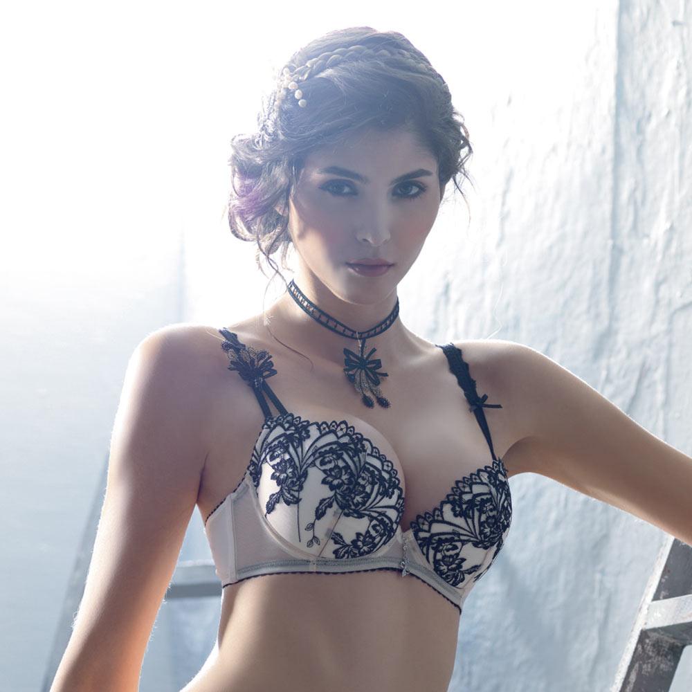 LADY 扇形花影系列 刺繡深線內衣 B-F罩(鵝黃膚)