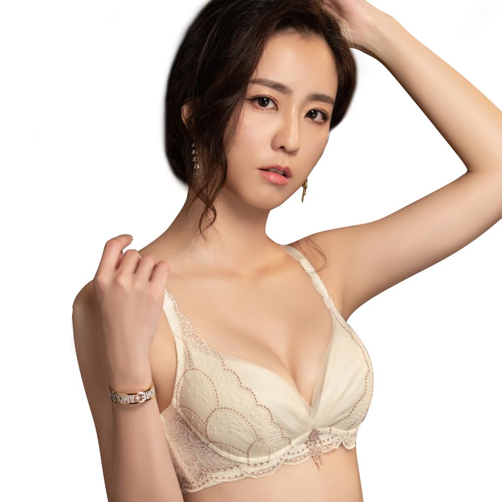 【思薇爾】流金巴洛克系列B-E罩蕾絲包覆內衣(奶香黃)