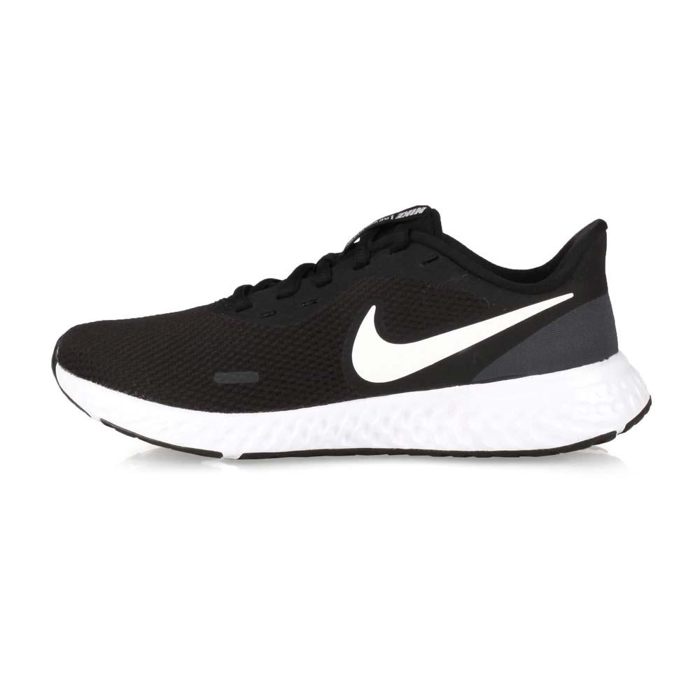 NIKE WMNS REVOLUTION 5 女慢跑鞋 黑白@BQ3207002@