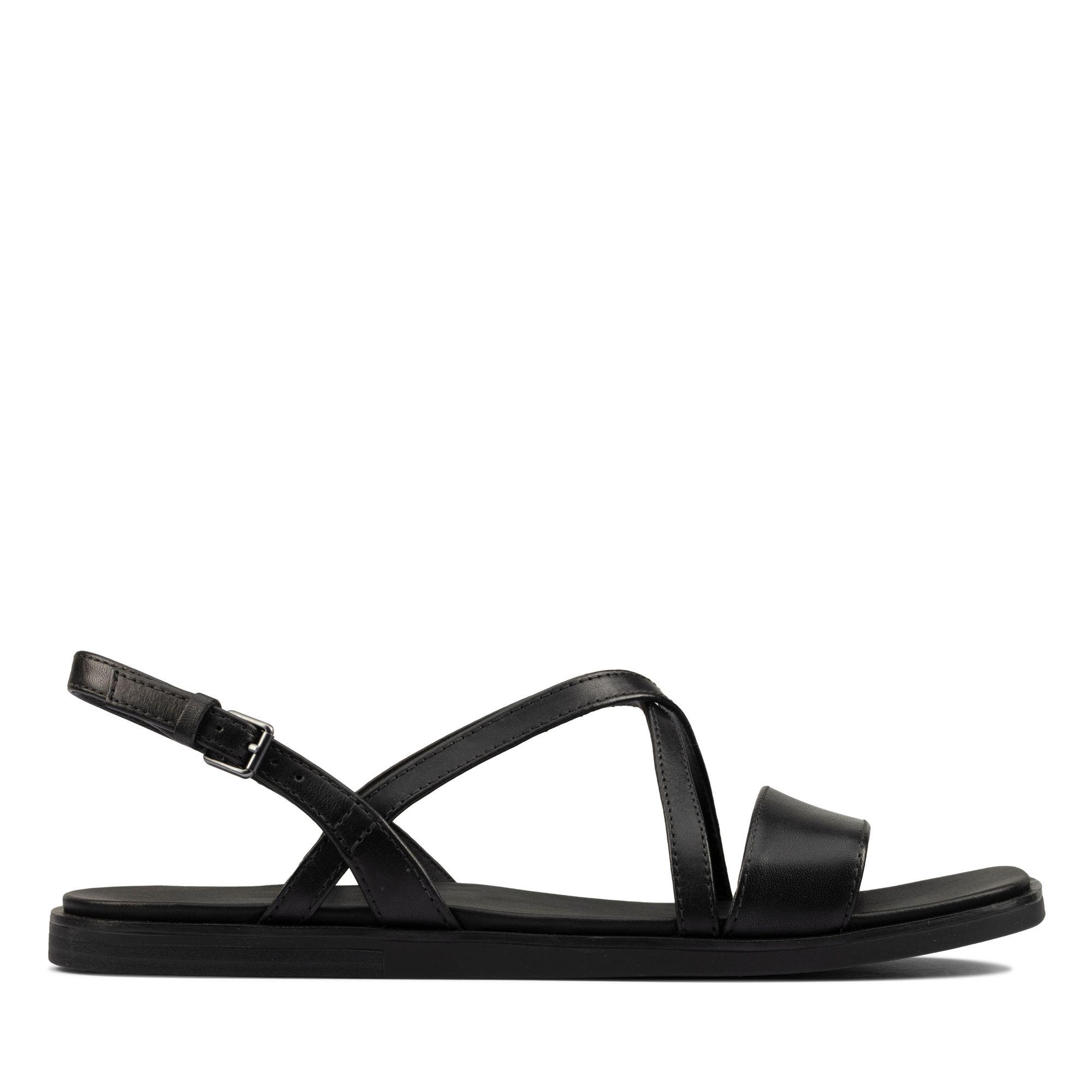 Clarks瀲灩之夏-Ofra Strap細帶交織真皮低跟涼鞋(黑色)