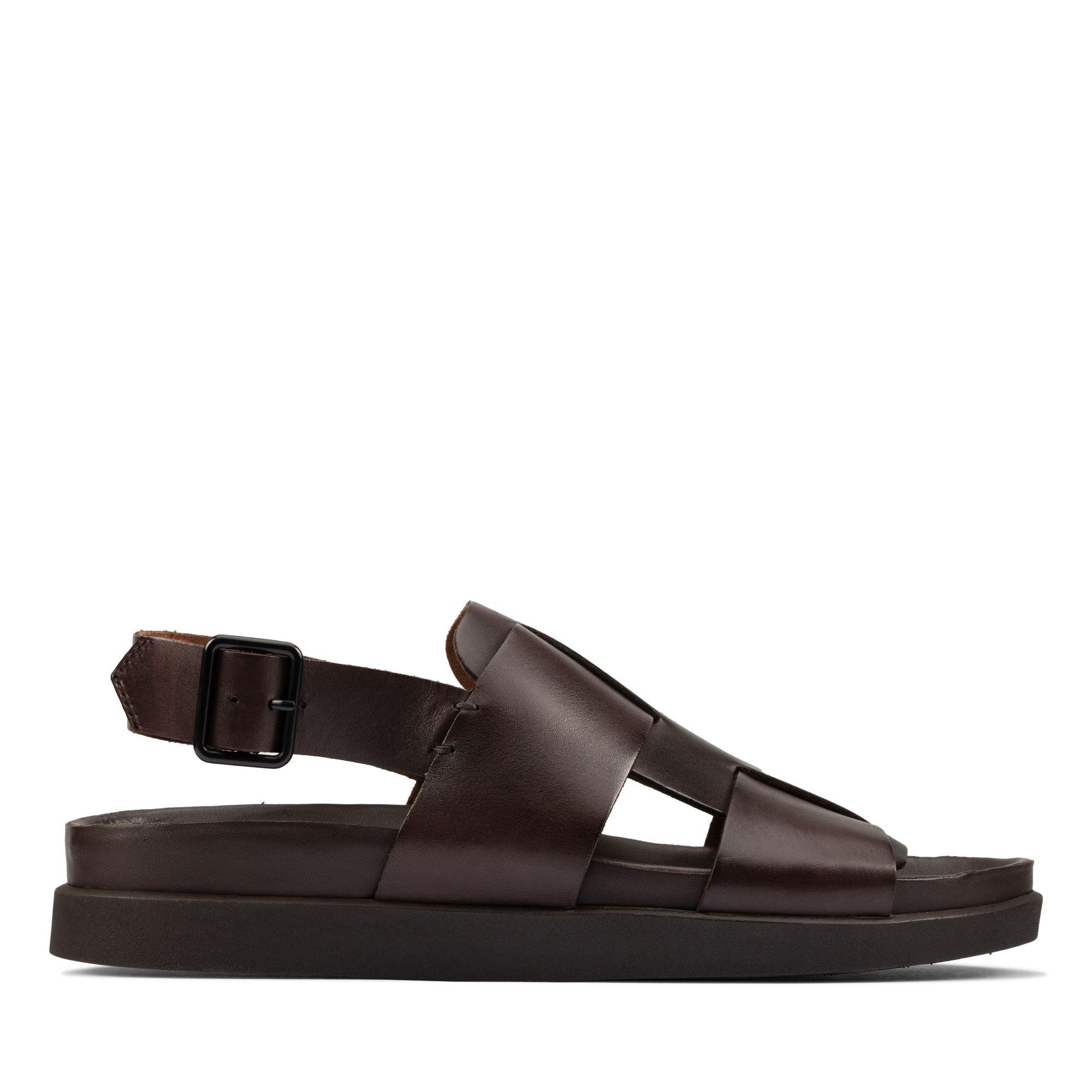Clarks 夏日街頭-Sunder Strap輕量型休閒風扣環設計涼鞋(深棕色)